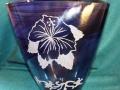 blue-flower-vase